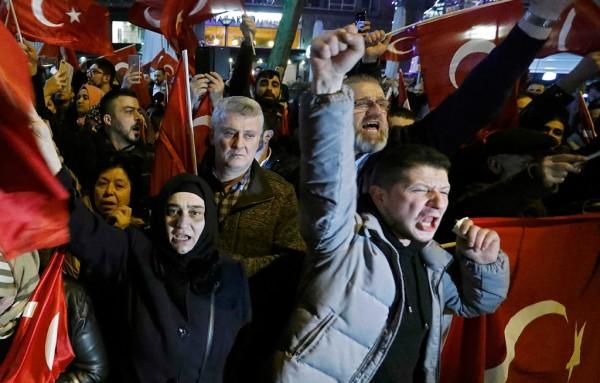 Turks Rotterdam riots