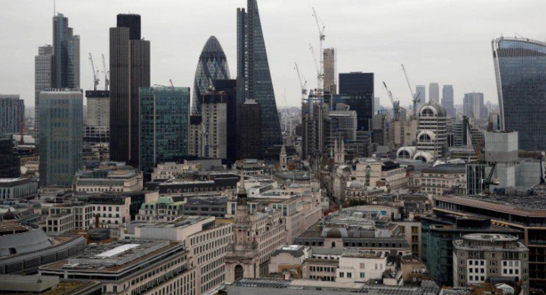 Banks prepare for 'no deal' Brexit