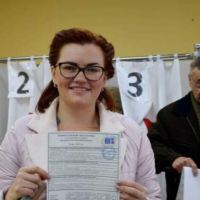 Crimeans high turn out at polling stations