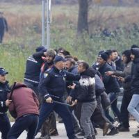 Migrants siege at Croatia border