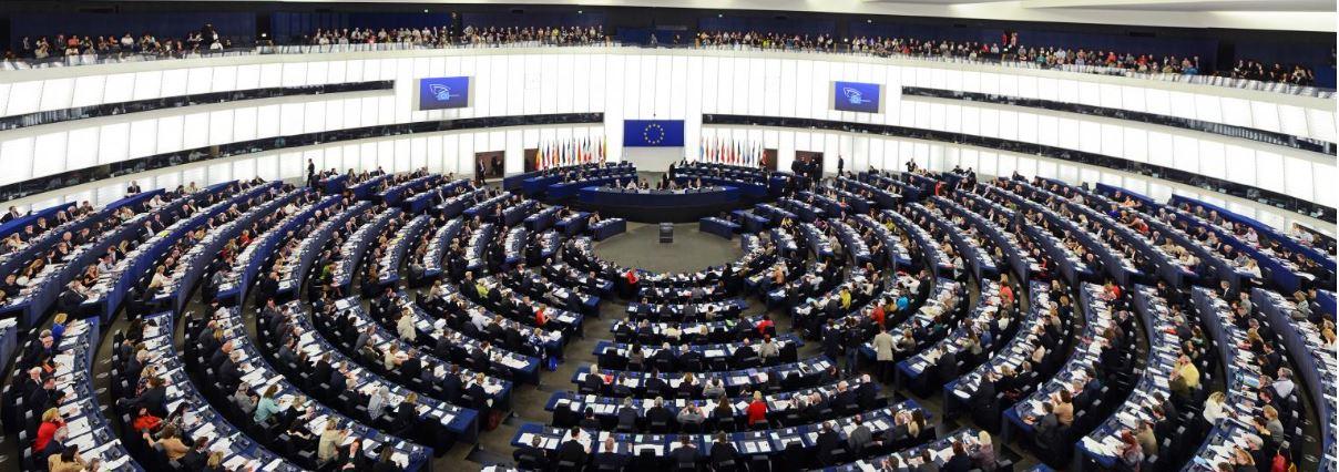 "Merkel favorable of European army as ""NATO supplement"""