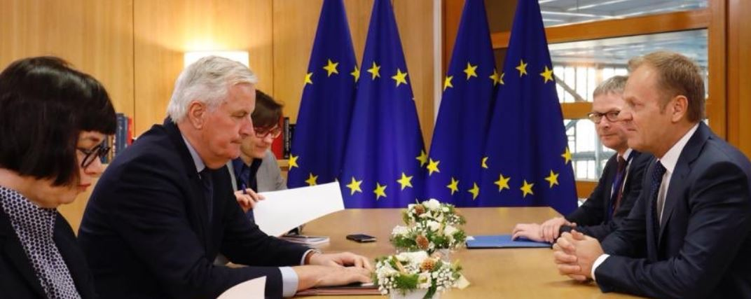 Tusk meets Barnier ahead of EU Summit