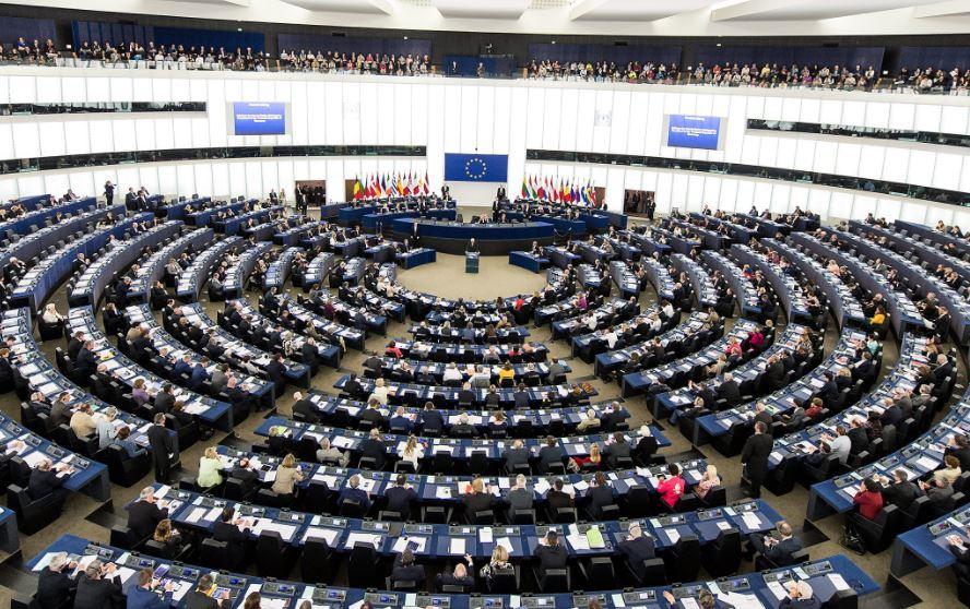 EU-Poland crisis deepens