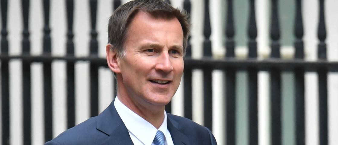 Hunt promises new Brexit deal