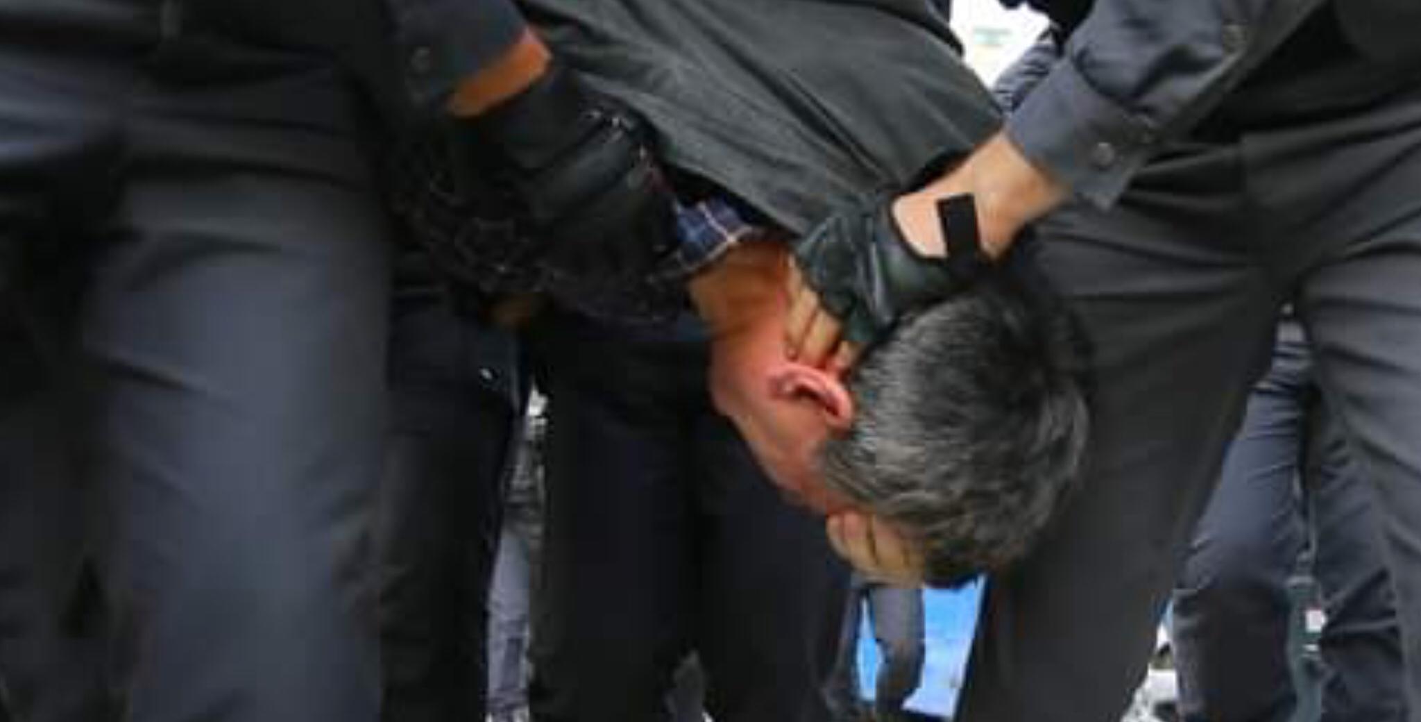 EU calls Baku to release protestors